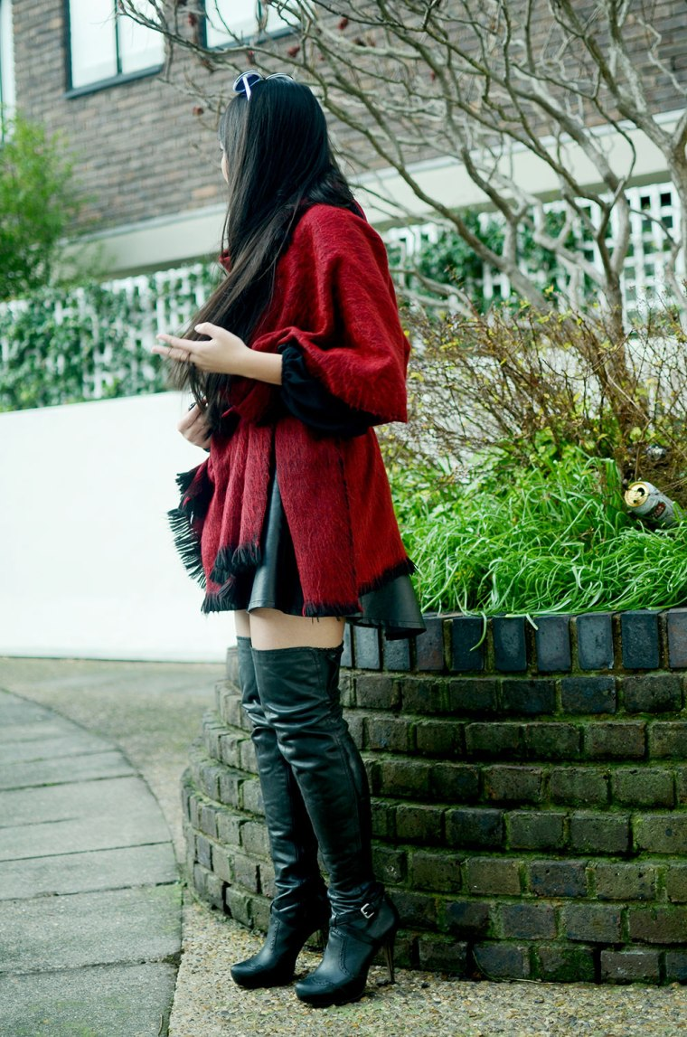 Spinninstyle_3_Malaysian_Malaysia_ThighHighBoots_Ootd_London_Fashion_blogger.jpg