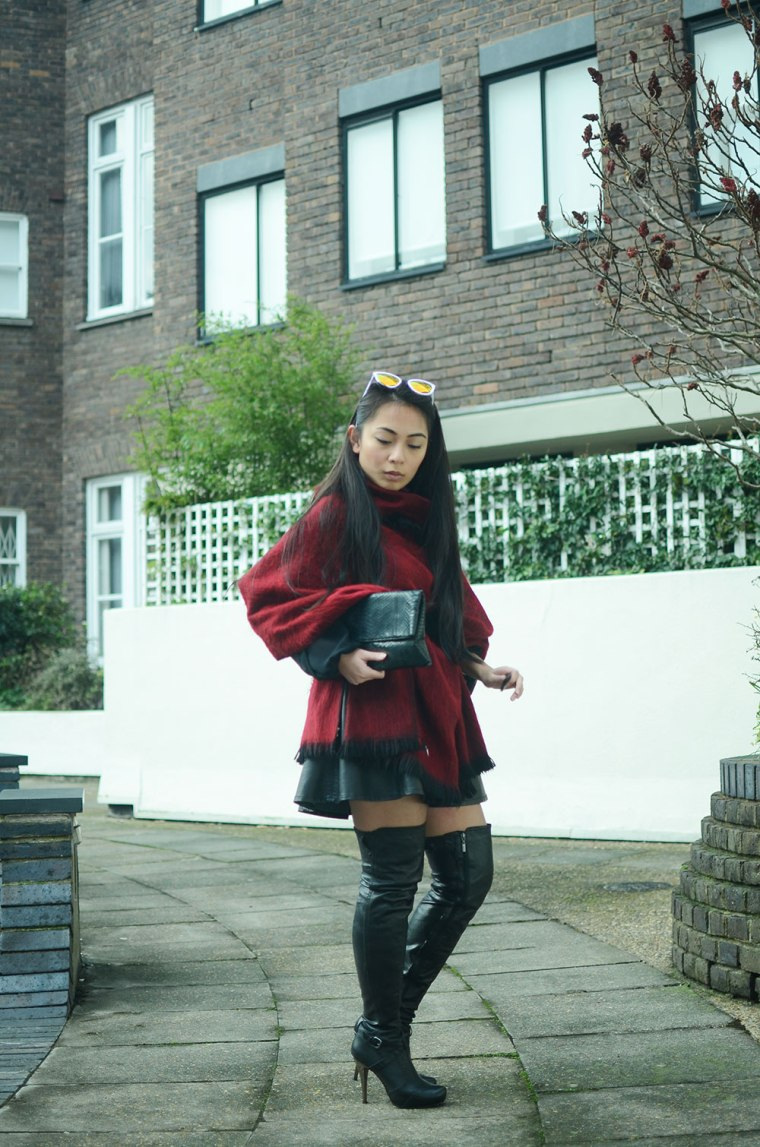 Spinninstyle_7_quay_kittie_tree_poncho_oxfordstreet_Malaysian_Malaysia_ThighHighBoots_Ootd_London_Fashion_blogger_OxfordCircus_White_property.jpg